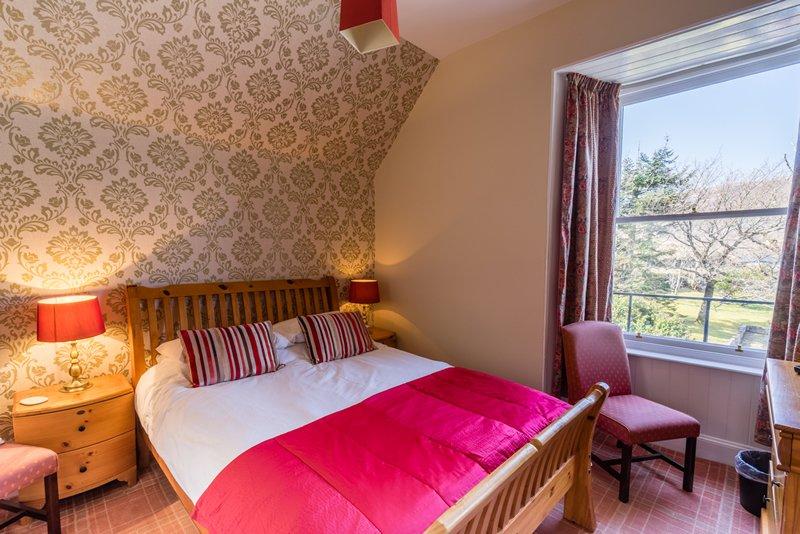 Sconser Lodge double bedroom garden view